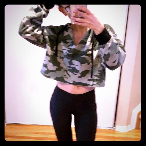 ⭐️2 for $30⭐️  Cropped Sweatshirt